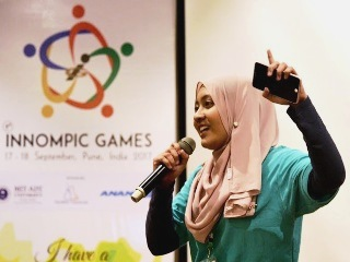Miss Innovation World singing, Farah Izzati Malaysia, 1st Innompic Games, Pune India