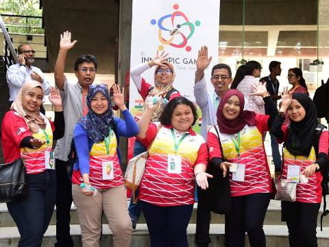 Malaysia team 1st Innompic Games 2017 India Innompics gesture Miss Innovation World